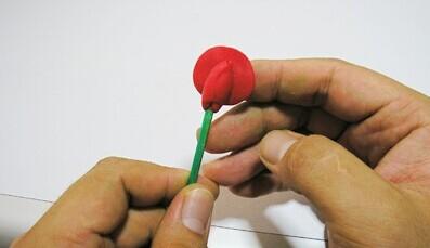 橡皮泥做的玫瑰花步骤展示